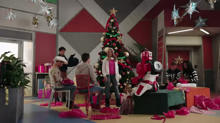 Power Rangers Christmas Tree.Power Rangers Ninja Steel Christmas Episode Set To Air